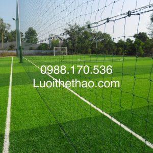 lưới bao che sân bóng đá
